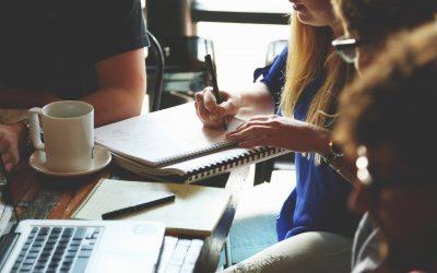 Lehull a lepel: kapcsok és falak 'employee experience' és 'employer branding' között